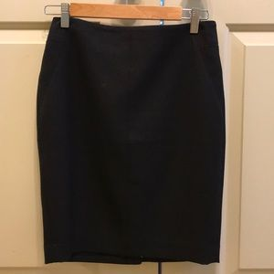 Black A-line stretch skirt